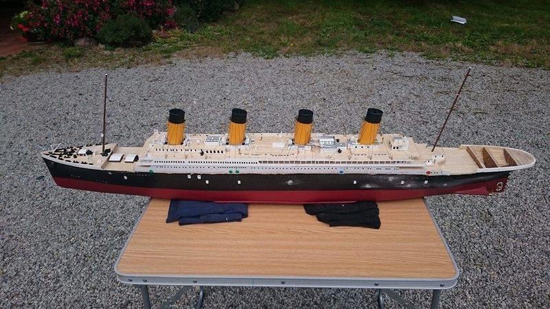 Titanic 1/200 par un fou ... Img_0911