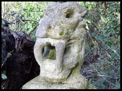 Les sculptures les plus insolite  - Page 2 263
