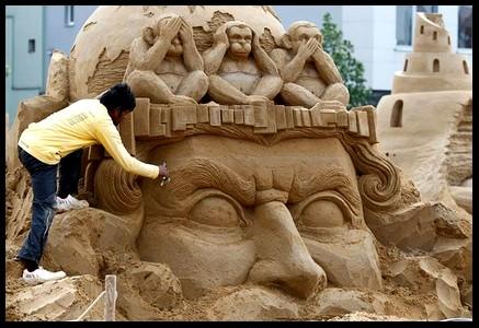 Les statues de sable  817