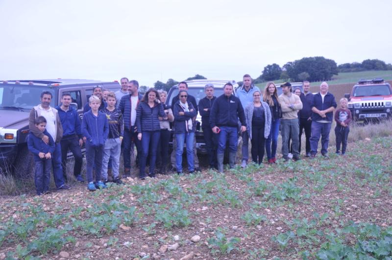 présentation du représentant de région centre Bourgogne Club Hummerbox Dsc_7832
