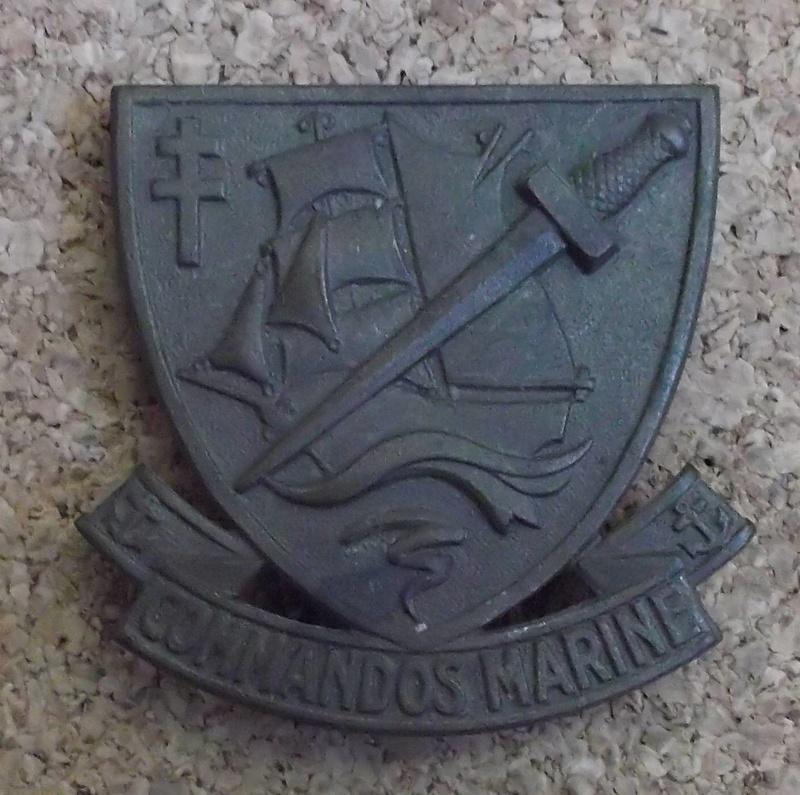 Identification insigne commandos marine  00711
