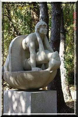 Les sculptures les plus insolite  - Page 4 138