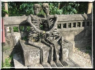 Les sculptures les plus insolite  218