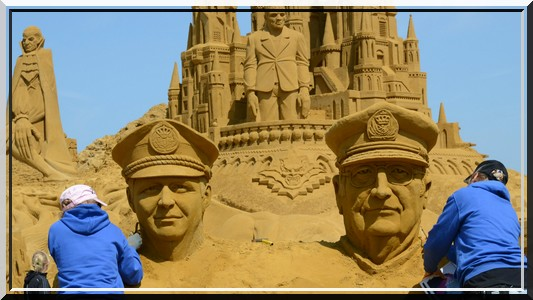 Les statues de sable  - Page 2 235