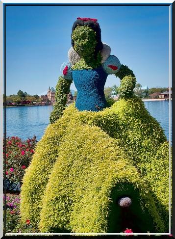 Sculpture végétal  - Page 2 618