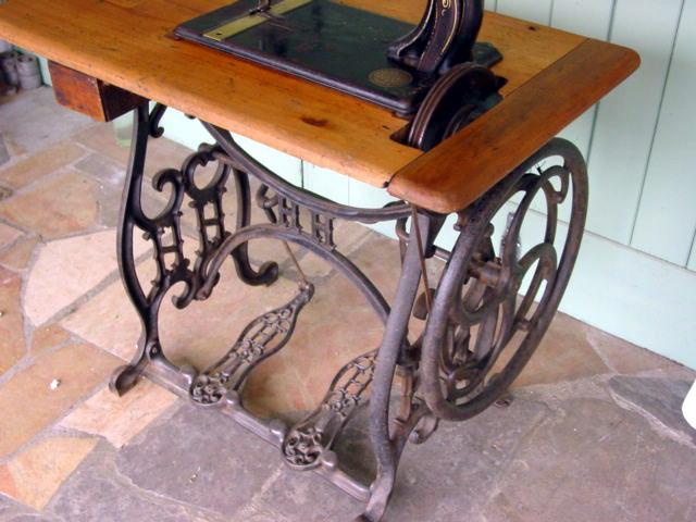 Quizz Quelle est cette petite machine montée sur cette table à grande roue ?  Hurtu-10