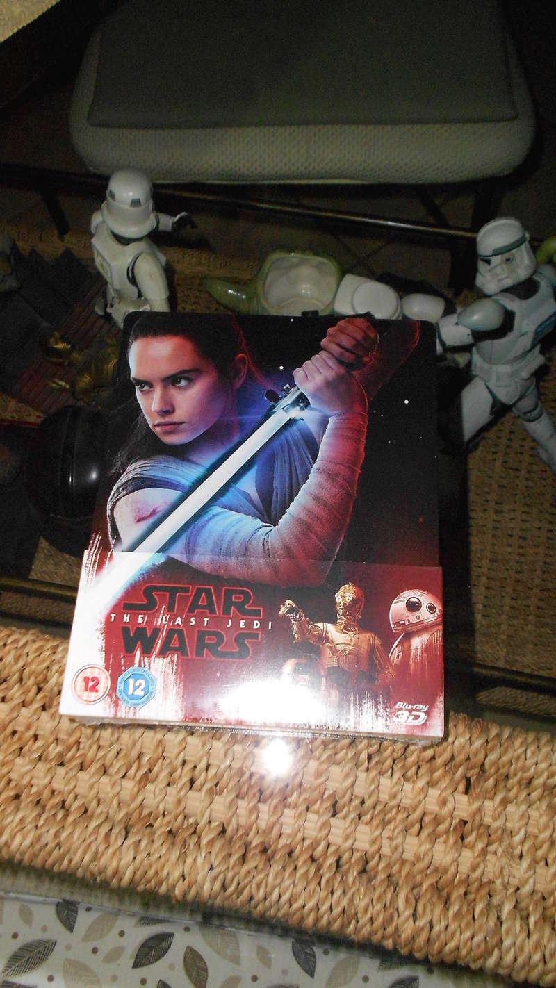 8 - DVD BR et 4K Star Wars The Last Jedi Dscn3713