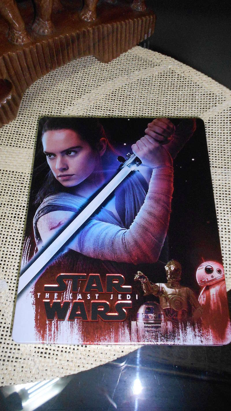 8 - DVD BR et 4K Star Wars The Last Jedi Dscn3714