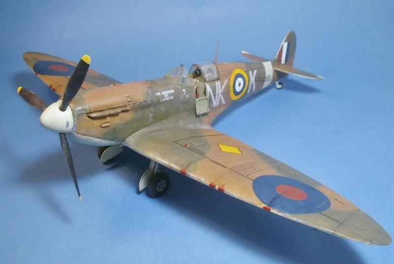 "Spitfire MkIIa "" The borough of Lambeth"" 0113"