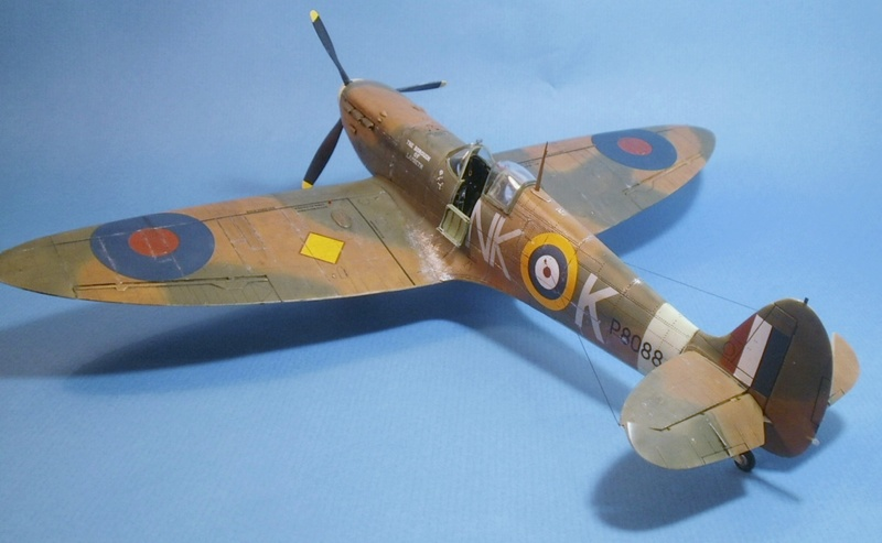 "Spitfire MkIIa "" The borough of Lambeth"" 0313"