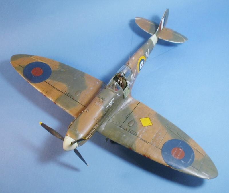 "Spitfire MkIIa "" The borough of Lambeth"" 0512"
