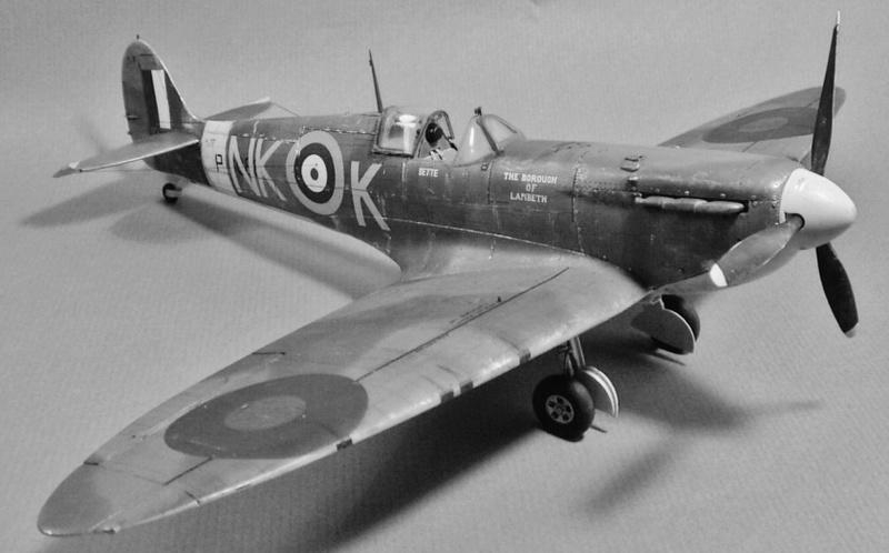 "Spitfire MkIIa "" The borough of Lambeth"" 1410"