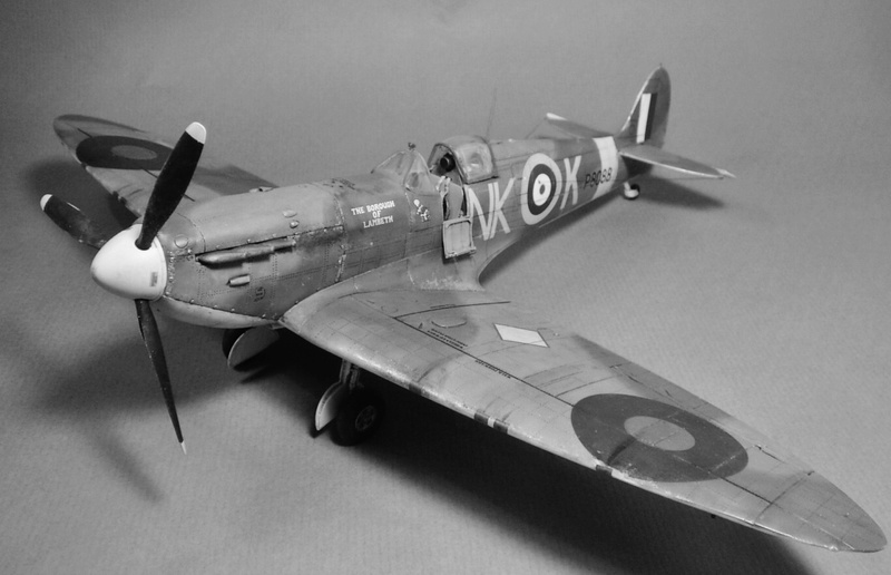 "Spitfire MkIIa "" The borough of Lambeth"" 1510"