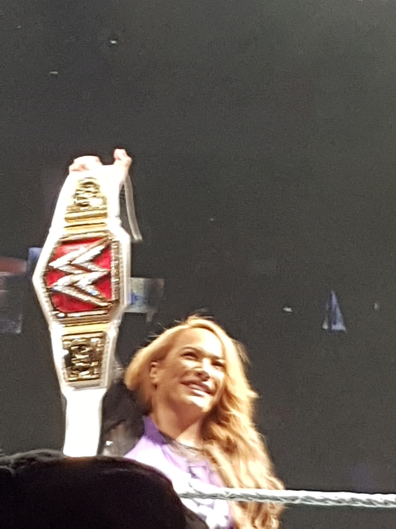 PHOTOS WWE LIVE EVENT PARIS 2018 Niaa_j10