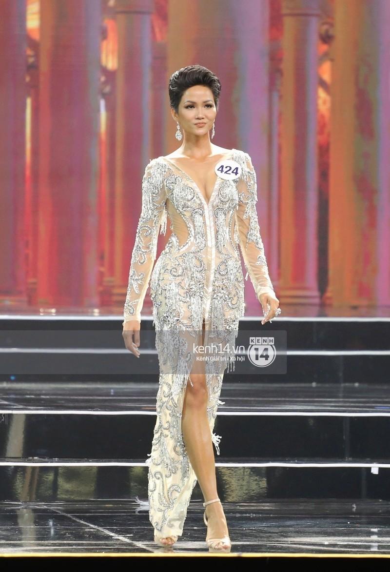 H'Hen Niê (VIETNAM 2018) 3-151510