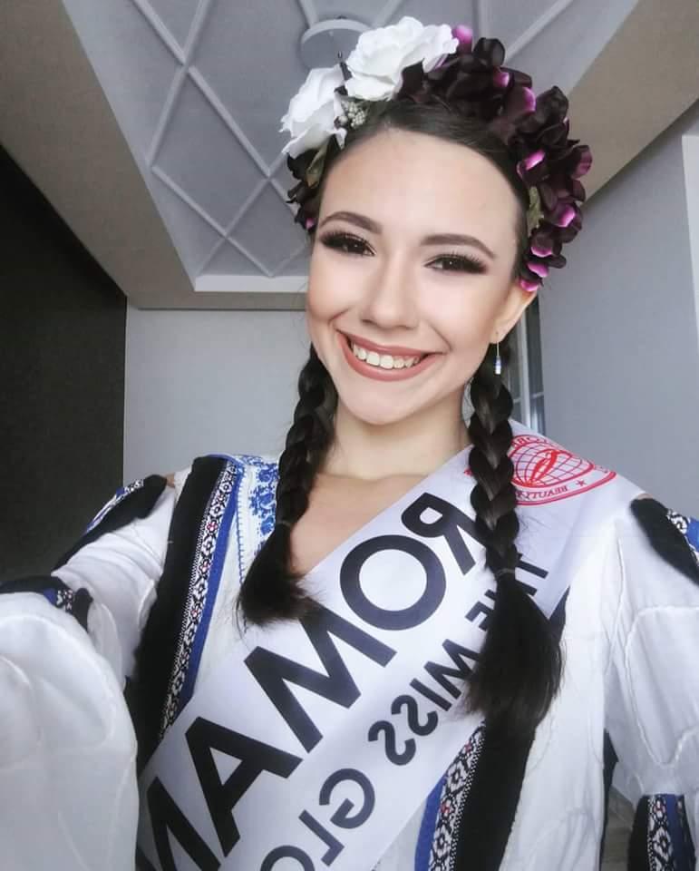 Miss GLOBE 2017 is VIETNAM Fb_i1058