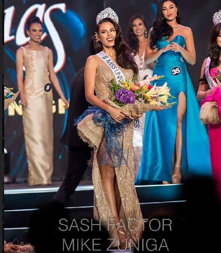 Catriona Gray - MISS UNIVERSE 2018 - Official Thread - Page 2 Fb_i3968