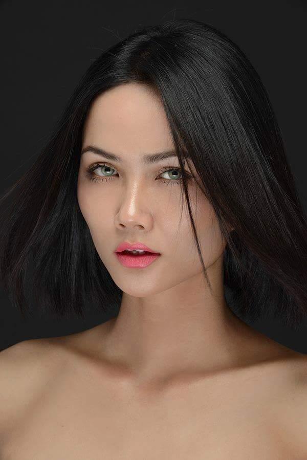 H'Hen Niê (VIETNAM 2018) - Page 2 Fb_i4006