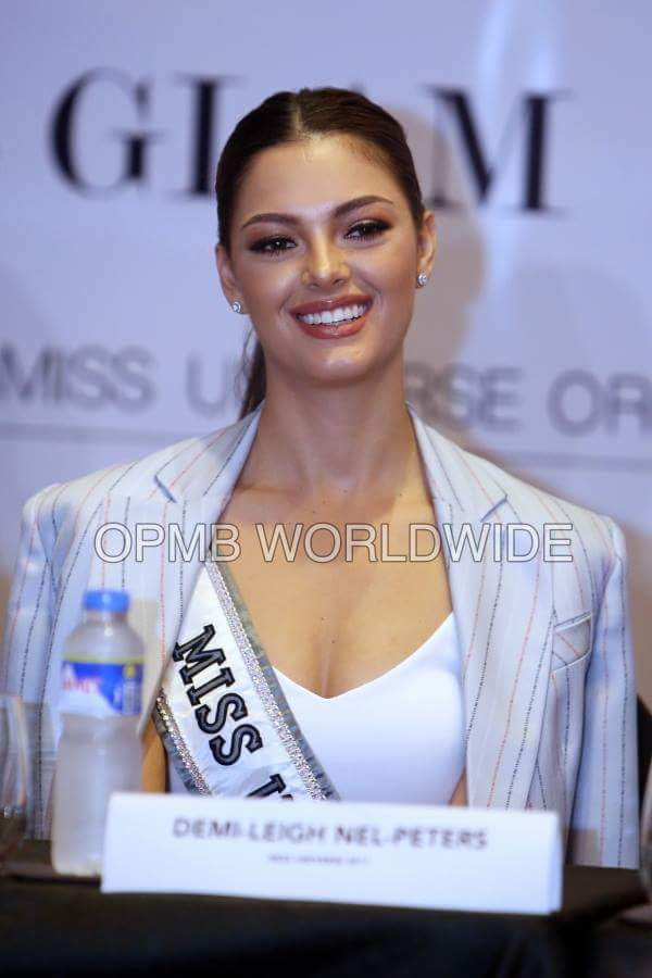 ♔ The Official Thread of MISS UNIVERSE® 2017 Demi-Leigh Nel-Peters of South Africa ♔ - Page 9 Fb_i4428