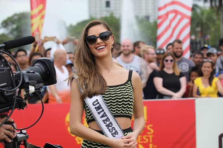 ♔ The Official Thread of MISS UNIVERSE® 2017 Demi-Leigh Nel-Peters of South Africa ♔ - Page 9 Fb_i4460