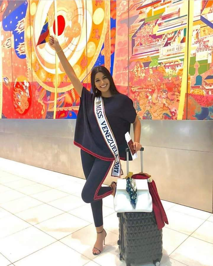 © PAGEANT MANIA © MISS UNIVERSE 2018 - OFFICIAL COVERAGE Finals - Page 13 Fb_i5210