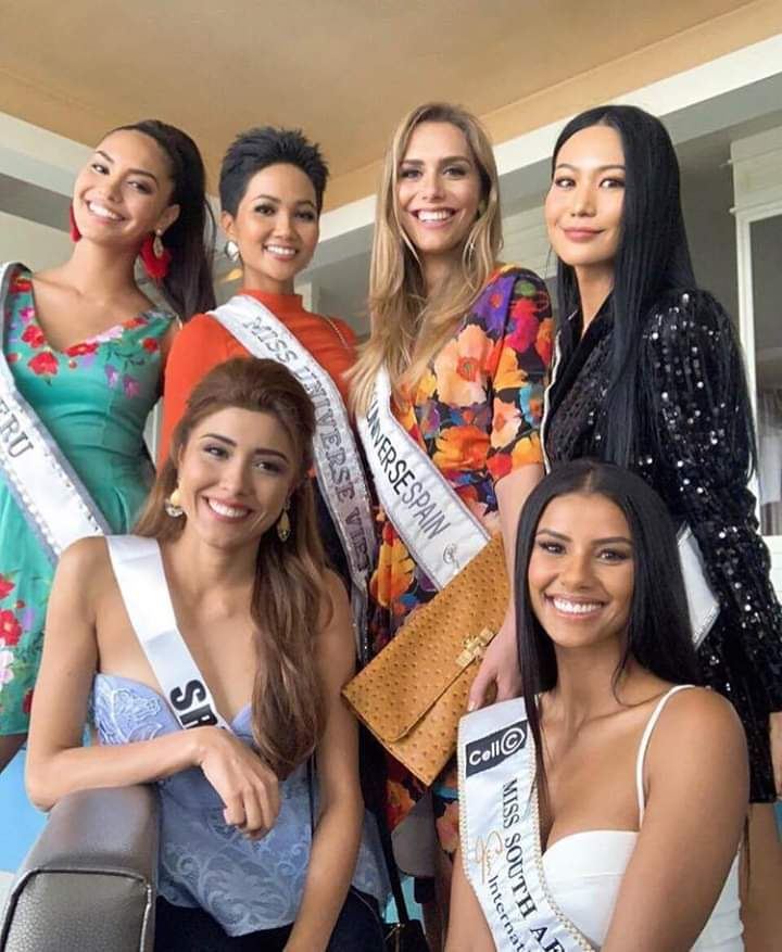 © PAGEANT MANIA © MISS UNIVERSE 2018 - OFFICIAL COVERAGE Finals - Page 13 Fb_i5246