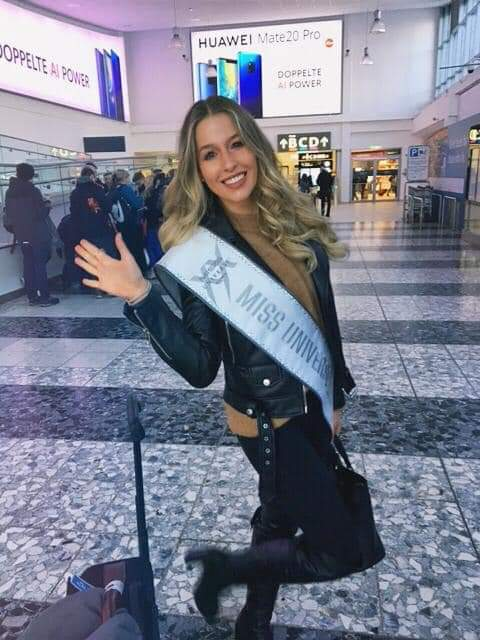 © PAGEANT MANIA © MISS UNIVERSE 2018 - OFFICIAL COVERAGE Finals - Page 17 Fb_i5388