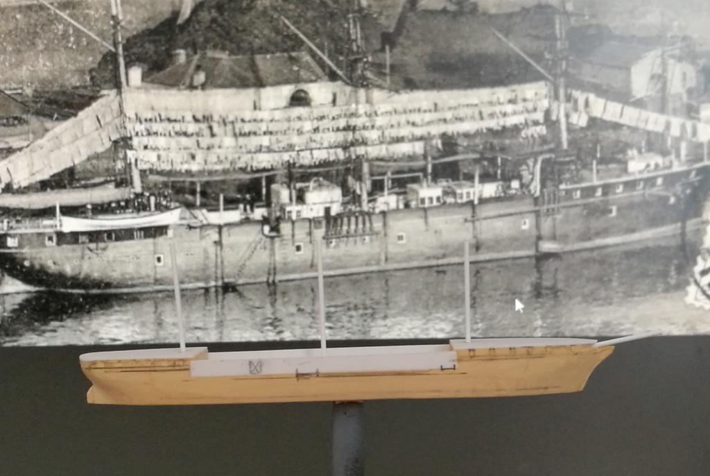 barges et petits bateaux de Brest 1/600 scratch Img_2047