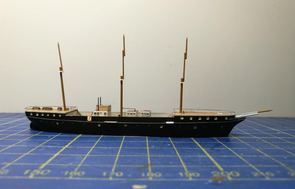 barges et petits bateaux de Brest 1/600 scratch Img_2048