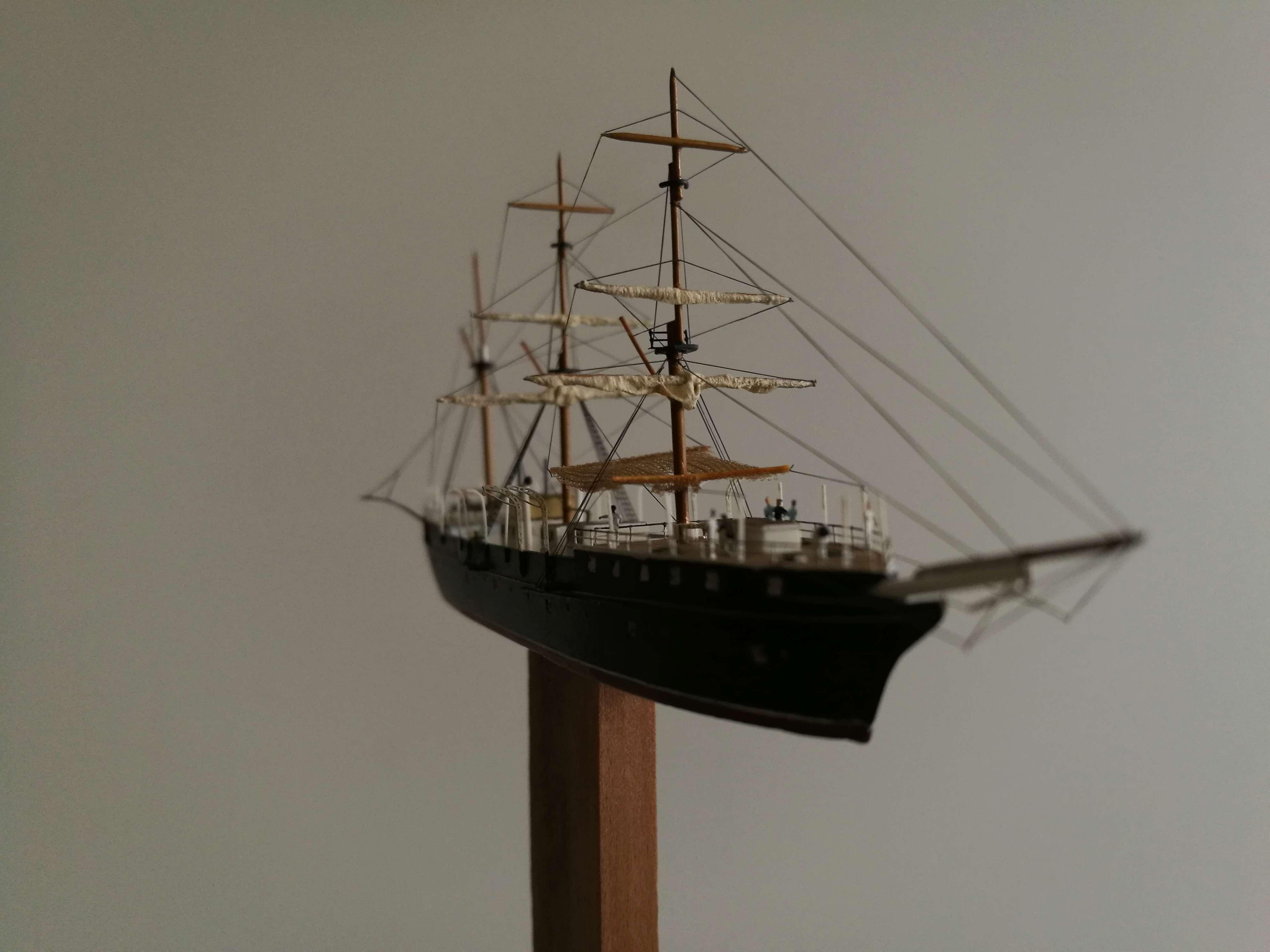 Diorama Brest 1903-1905 scratch PE 1/600 par chris Img_2052