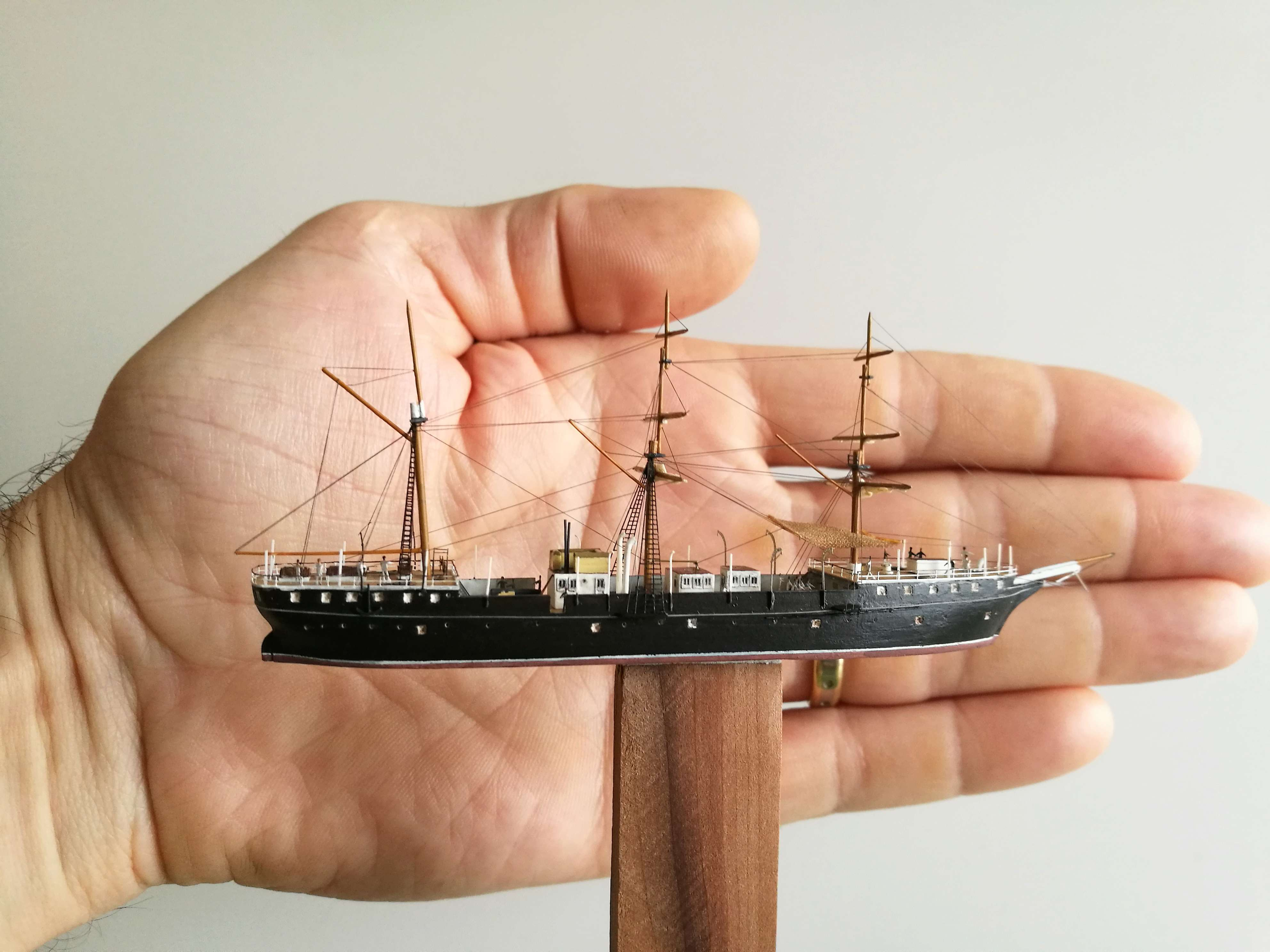 Diorama Brest 1903-1905 scratch PE 1/600 par chris Img_2053