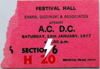 1977 / 01 / 15 - AUS, Melbourne, Festival Hall 15_01_10