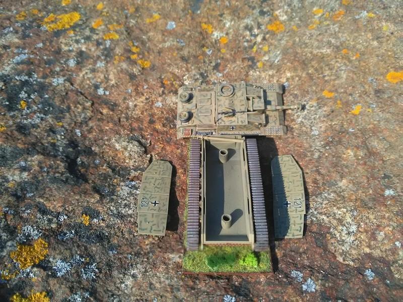 [CDA] Cadiran - Fallschirm-Panzer-Division - Page 4 Img_2097
