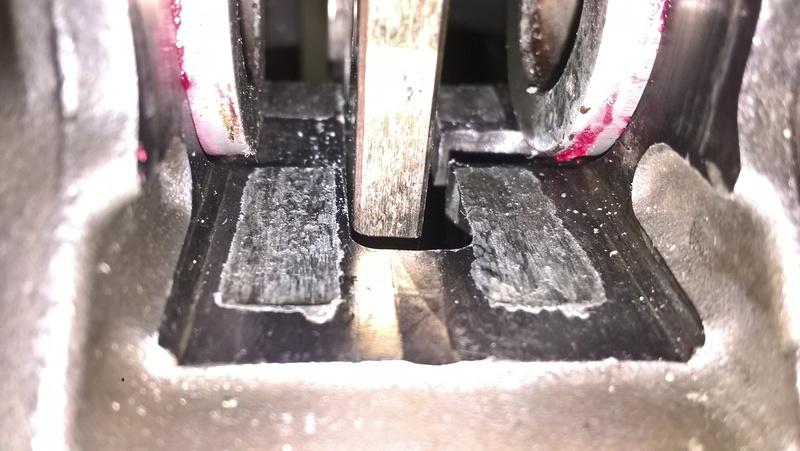 problème sortie pistons d'étrier Wp_20112