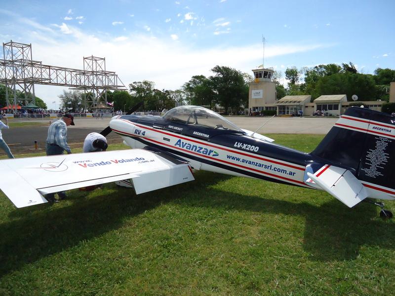 Aeronautical activity in my club! Dsc02943