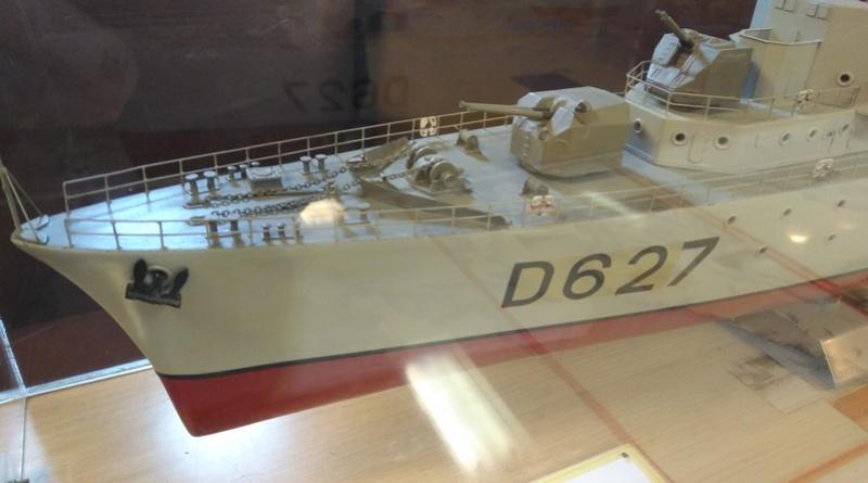 Escorteur D'Escadre MAILLE BREZE Img_2039
