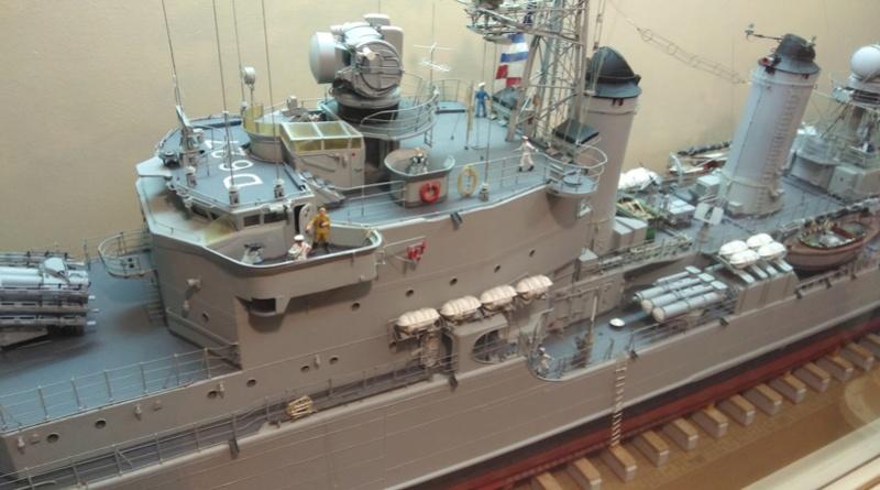 Escorteur D'Escadre MAILLE BREZE Img_2047