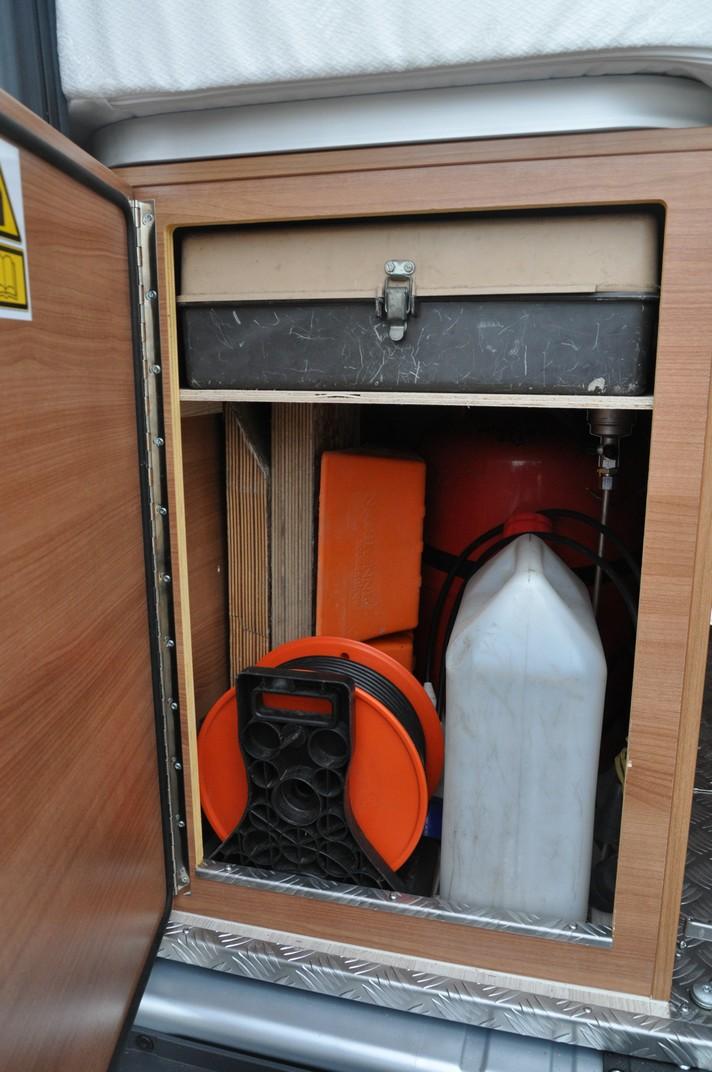 Soute de nos fourgons, rangement, transport, vos témoignages et vos photos - Page 4 0710