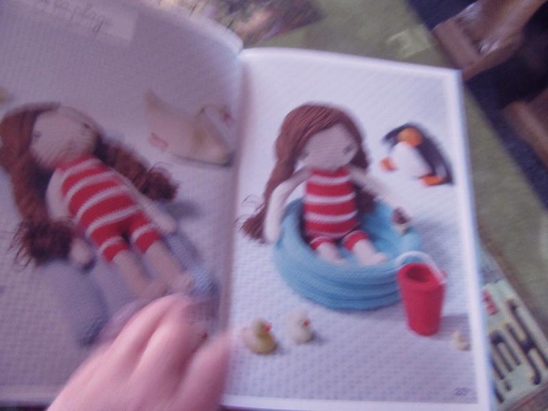 Une poupée au crochet Img_2314