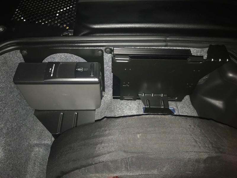 Recherche photos de l'intérieur du coffre AV Img_0110