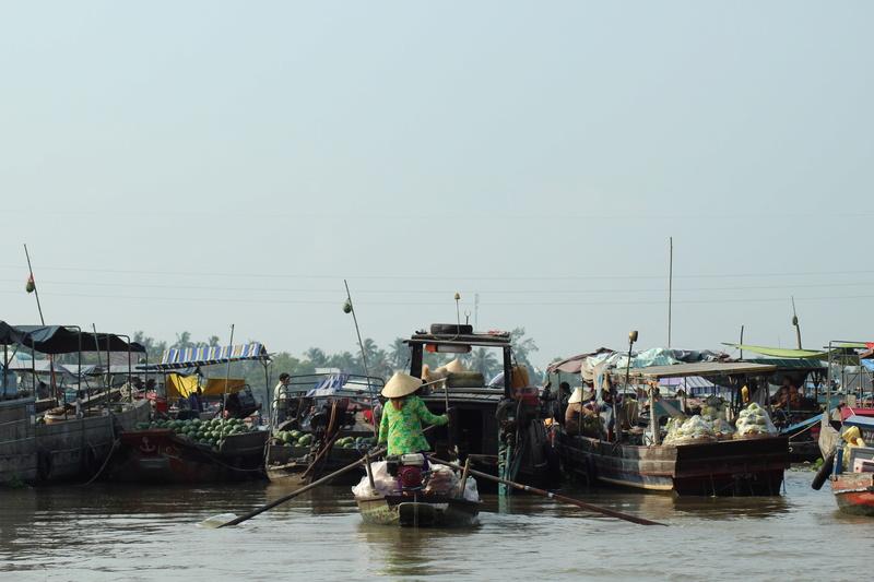 Marché flottant au Vietnam Vietne13
