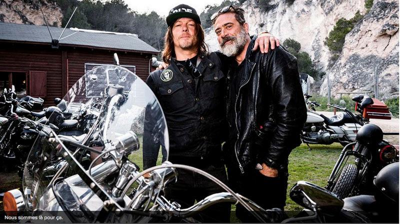 Ils ont posé avec une Harley, uniquement les People Captu767