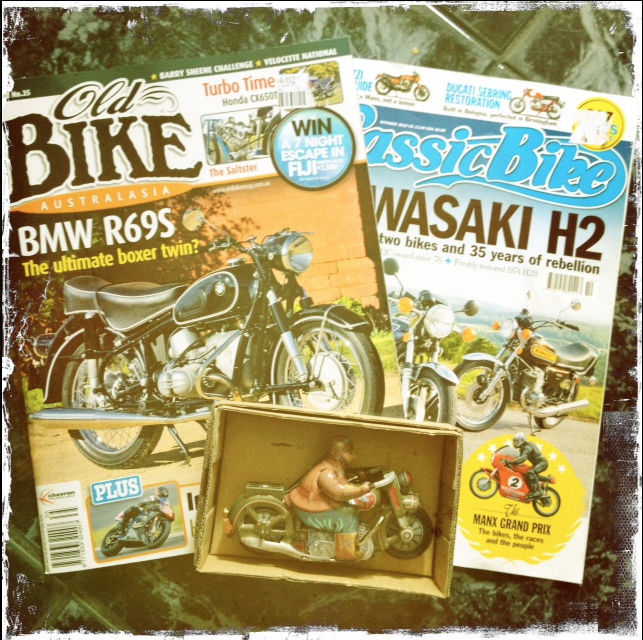Jouets, jeux anciens et miniatures sur le monde Biker - Page 22 Jouet_10