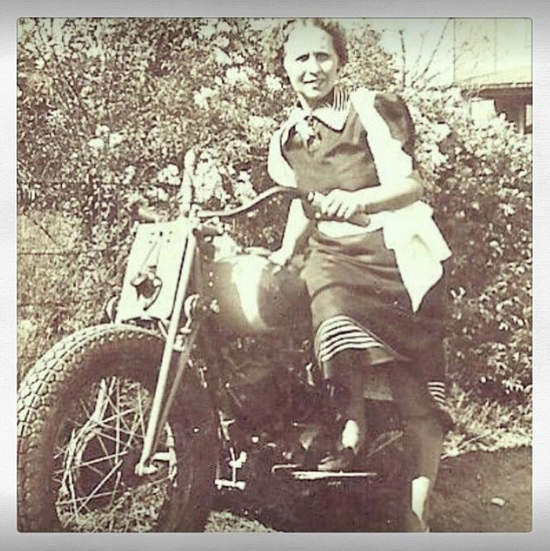 NOSTALGIA vieilles photos d'époque - Page 4 Nostag29