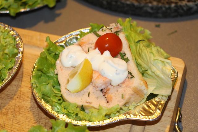 buche au saumon et crevettes Img_2611