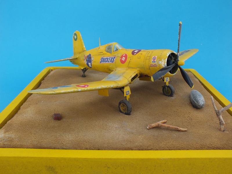 Corsair F4AU-1A 1/48 Tamiya réf.61070 décoration spécifique à mon pseudo............ - Page 3 Dscf1914