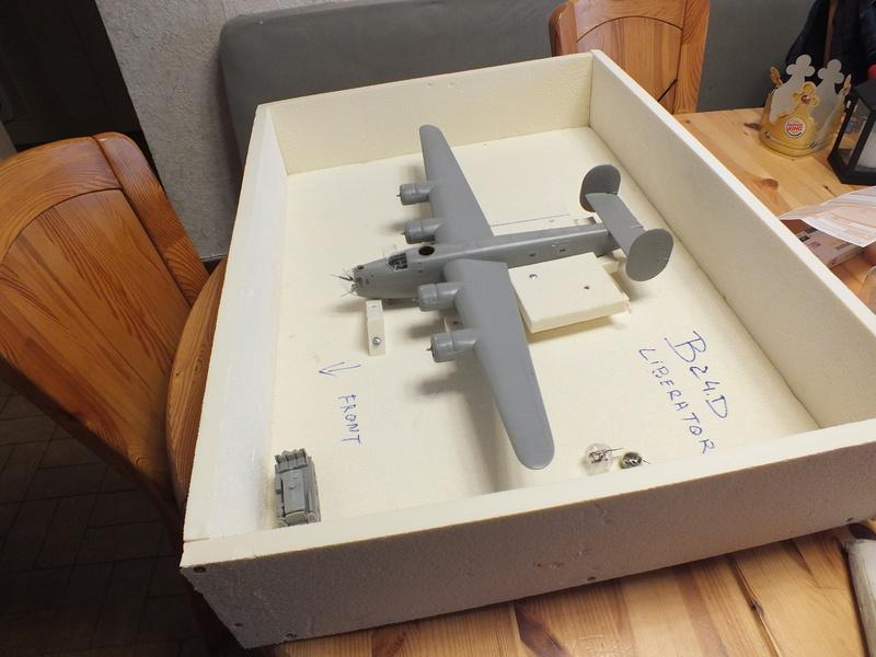 B24-D Liberator 1/48  Revell 85-5625 Dscf2039