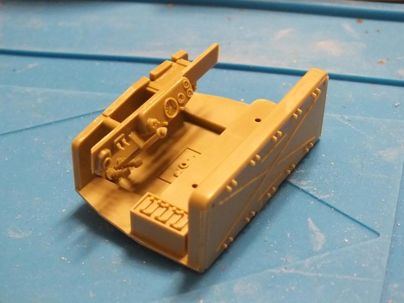 Sd.Kfz 7 - 8 ton semi-track - Tamiya 35148 - 1/35 Dscf2060