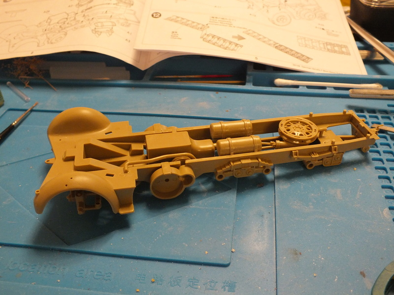Sd.Kfz 7 - 8 ton semi-track - Tamiya 35148 - 1/35 Dscf2061