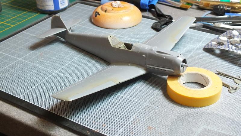BF109E-3 Tamiya 1/48 ref:61050 avec verrière MSK et photo découpe Eduard Zoom. Dscf2077